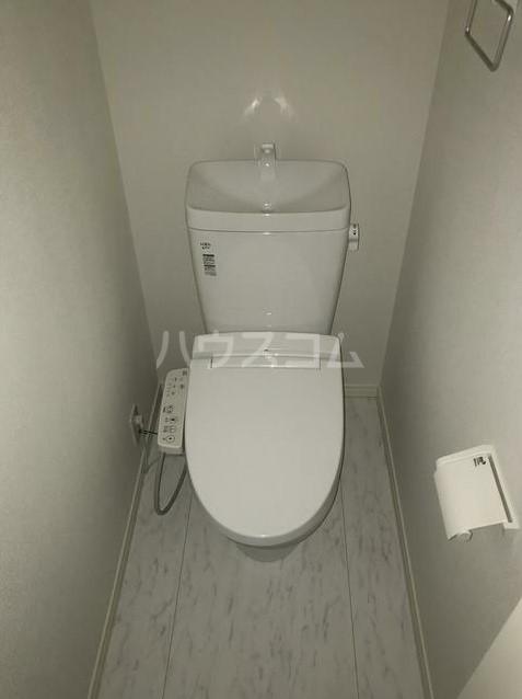 プラウドメゾン上大岡 103号室のトイレ