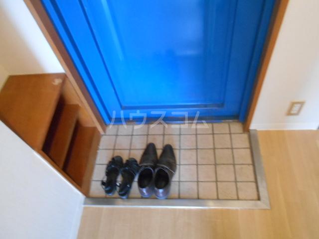 パティオ篠 407号室の玄関