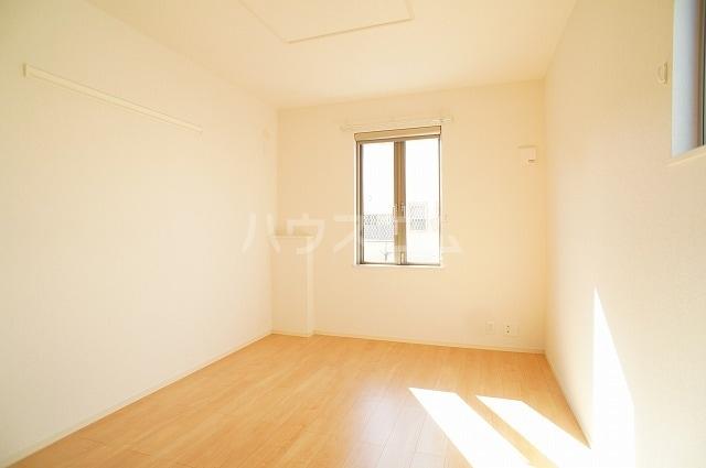 ルミエール マンション Ⅲ 01030号室のベッドルーム