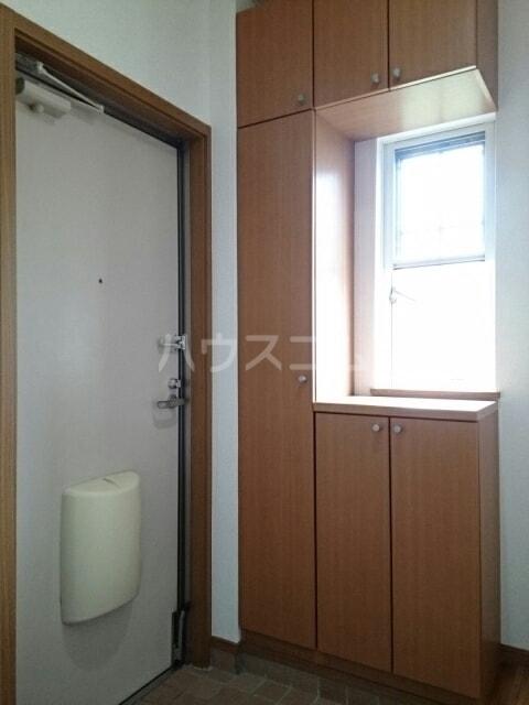 ヴィラルージュ 02030号室の玄関