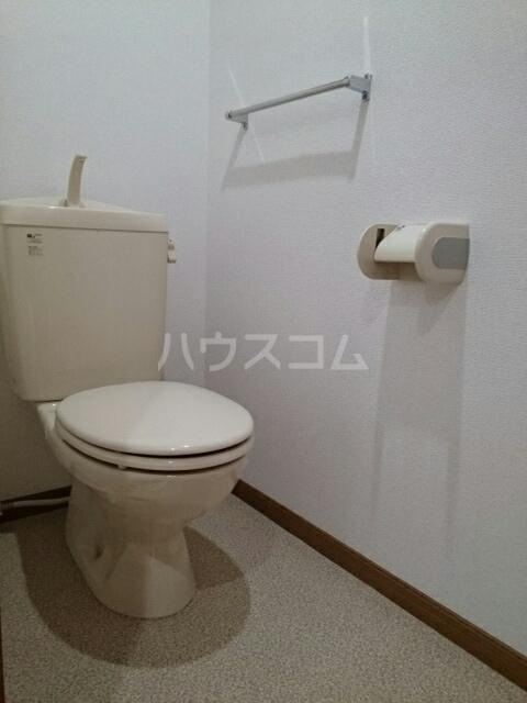 ヴィラルージュ 02030号室のトイレ