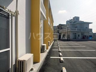 レオパレスシエロアズール 104号室の駐車場