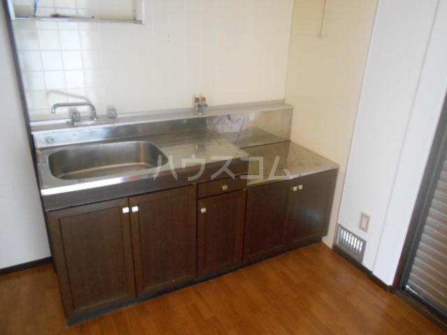 ハイツ水喜 A102号室のキッチン
