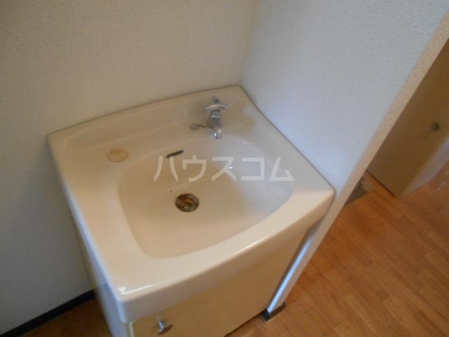 ハイツ水喜 A102号室の洗面所