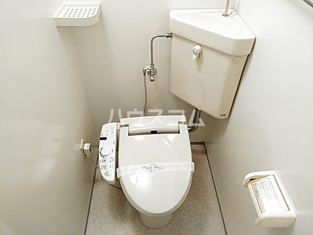 エル・セレーノ西院Ⅰ番館 1401号室のトイレ
