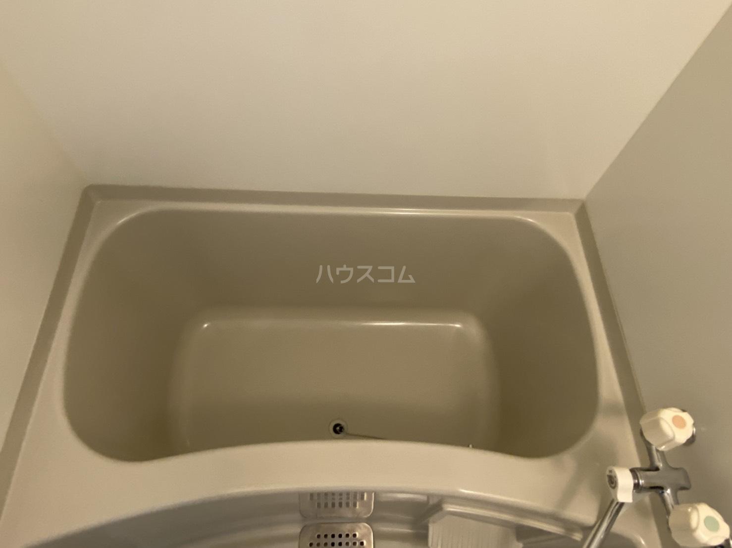 シャントール二条 708号室の風呂