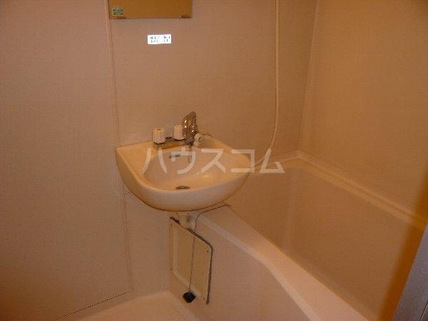 ハイツ相沢 301号室の風呂