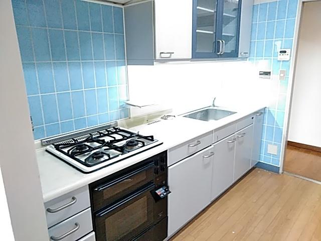 YMビル 602号室のキッチン
