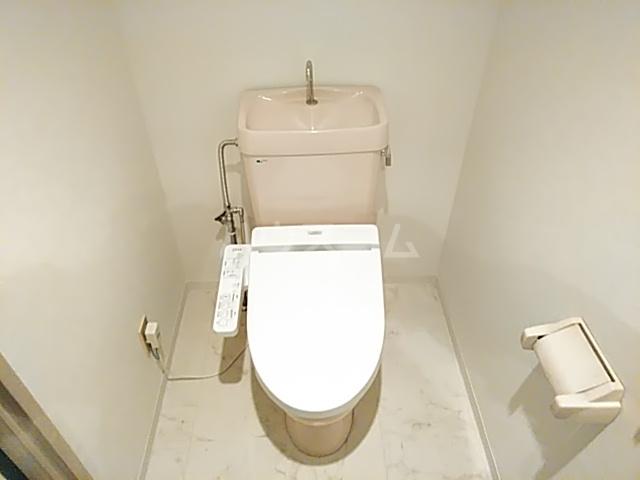 YMビル 602号室のトイレ