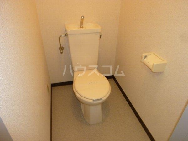 ガーデンハイツYM 402号室のトイレ