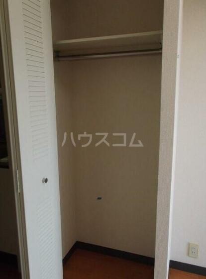 クリオ根岸弐番館 405号室の収納