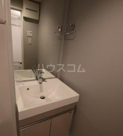 コンポジット等々力 103号室の洗面所