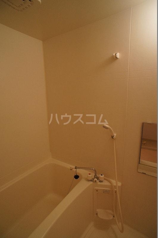 ライフサークルパート12 02010号室の風呂