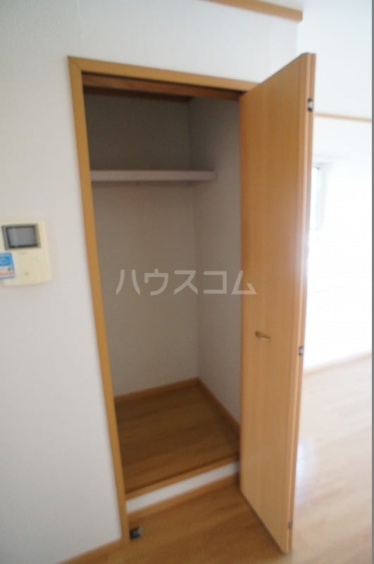 ライフサークルパート12 02010号室の収納