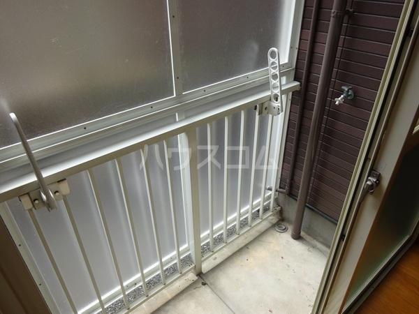 コンフォートベネフィス大橋 102号室のバルコニー