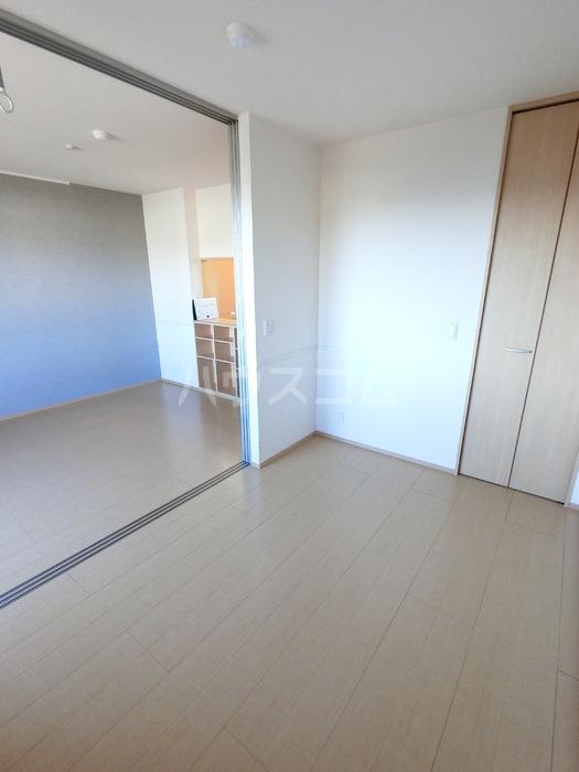 ラ・メゾンMMD Ⅲ 203号室の居室