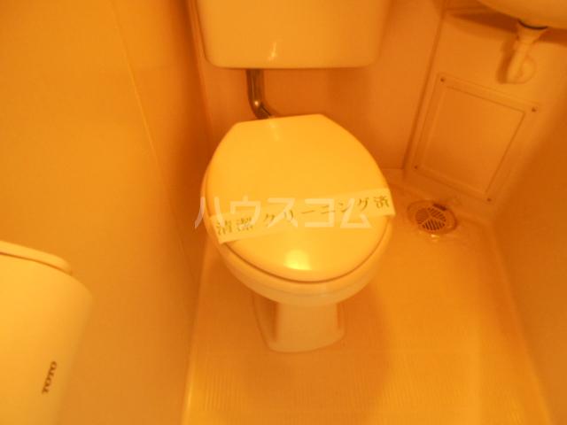 SVSビル 216号室のトイレ