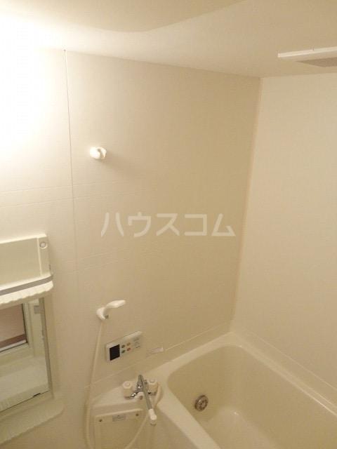 エントピア名和北B 02010号室の風呂