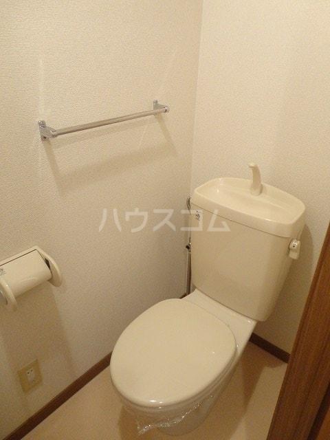 エントピア名和北B 02010号室のトイレ