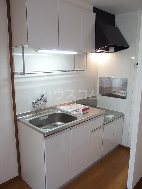 エルディムふじおかB 01070号室のキッチン