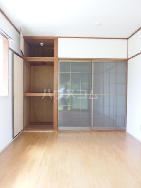 エルディムふじおかB 01070号室のベッドルーム