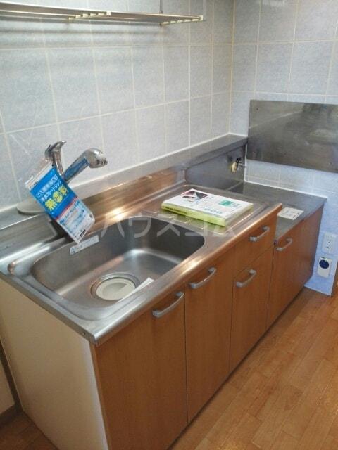 クレセント きららⅡ 03050号室のキッチン