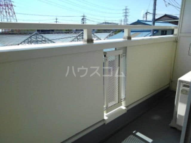 カーサ・プラシード 02010号室の駐車場