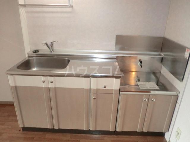 フローラふじみ野 A103号室のキッチン