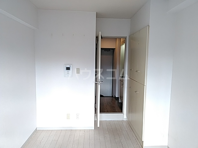 ダイアパレスアクティブシティ本厚木 307号室の玄関