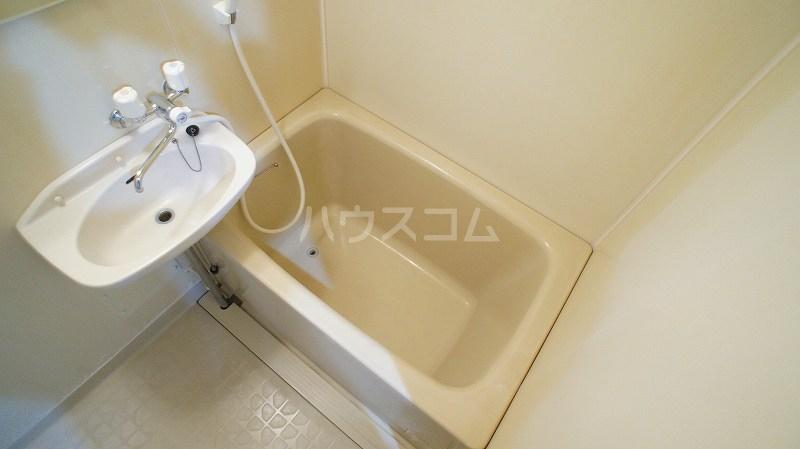 エルディム小久保 02010号室の洗面所
