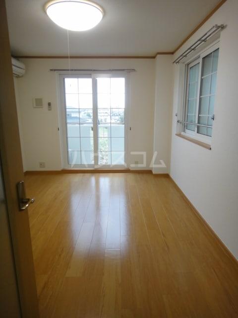 ラゼル山王Ⅱ 02030号室のベッドルーム