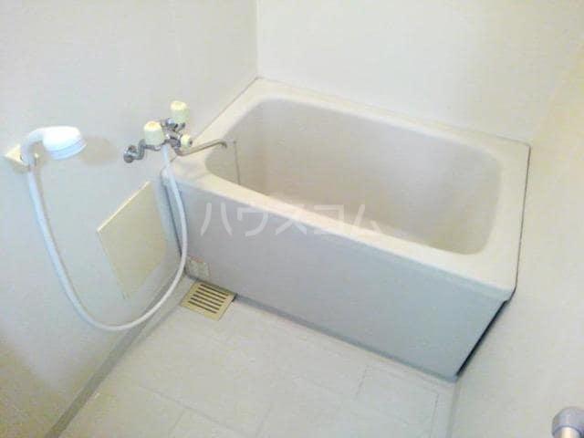 レジデンス明星 03010号室のトイレ
