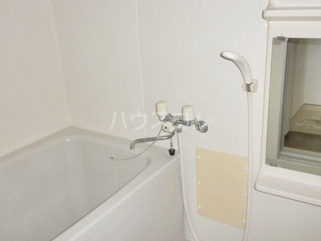 ニューシティ平田B 01010号室の風呂