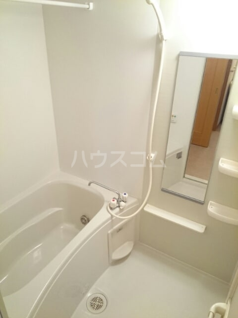 ふれんず西村 01020号室の風呂