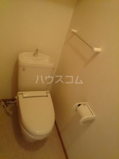 ふれんず西村 01020号室のトイレ