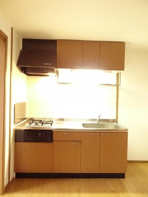ル・グランヴェールB 02020号室のキッチン