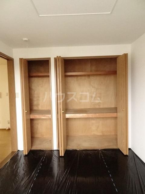ル・グランヴェールB 02020号室の収納