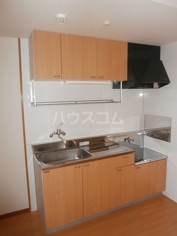 高畑ニューハイツ 03010号室のキッチン