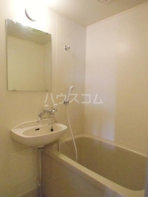 グリーンハイツD 02040号室の風呂