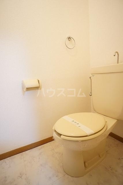 ニューシティ萩 01020号室のトイレ