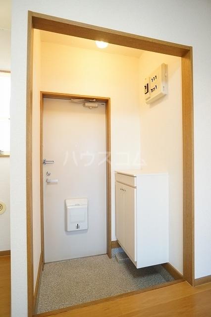 ニューシティ萩 01020号室の玄関