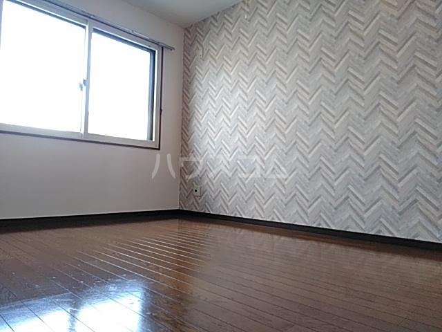 ピュアライフ天神 1-1号室の居室