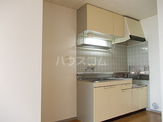 サニーヒルズ 02040号室のキッチン
