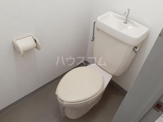 サニーヒルズ 02040号室のトイレ