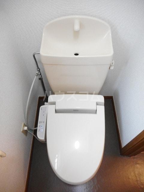 グランリヴァ B 01030号室のトイレ
