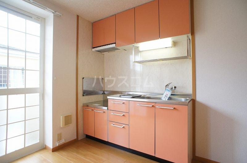 アンソレイエ A 02030号室のキッチン