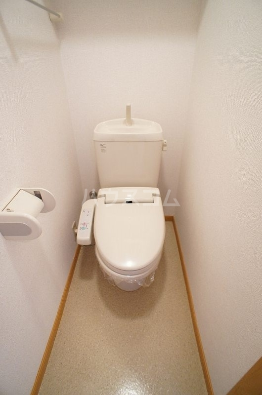 アンソレイエ A 02030号室のトイレ