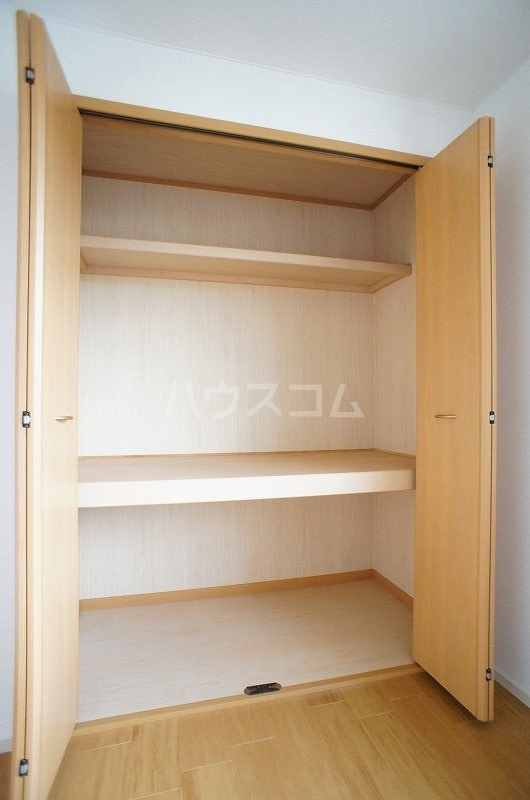 アンソレイエ A 02030号室の収納