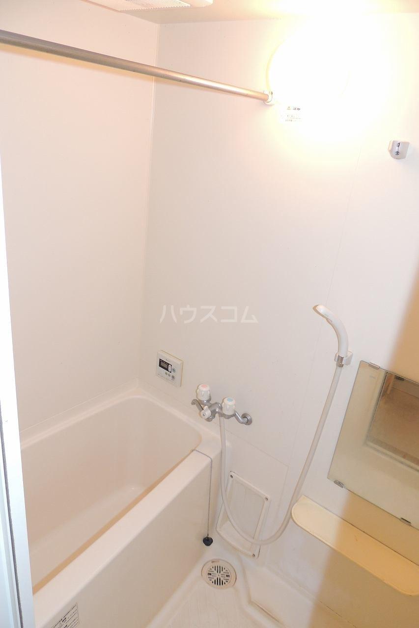 マーヴェラス太田 01020号室の風呂
