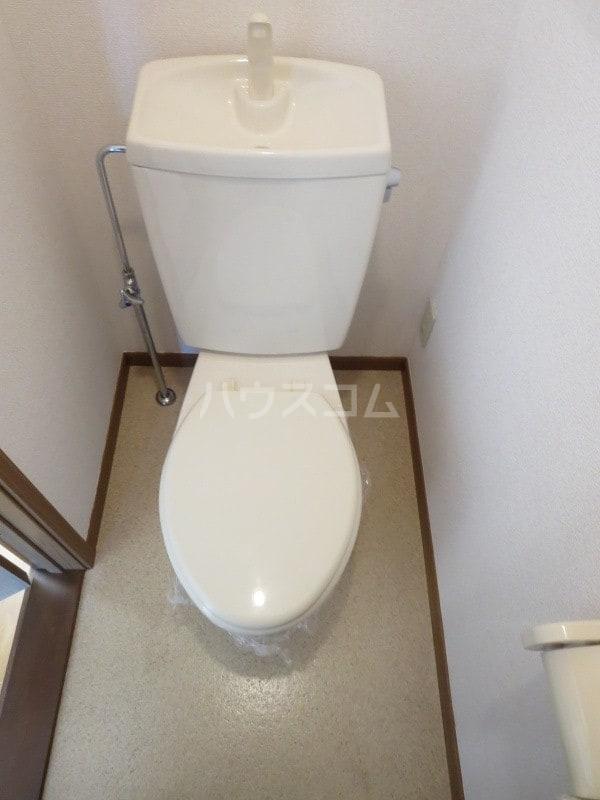 コットンフィ-ルド C 02020号室のトイレ